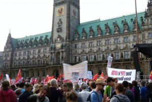 Kundgebung auf dem Rathausmarkt