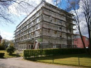 Berliner Str. 9 mit Gerüst